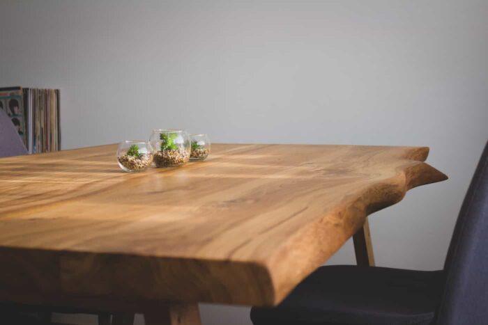 oak wooden table