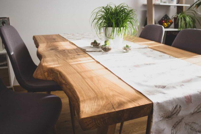 tammepuidust servamata äärtega laud