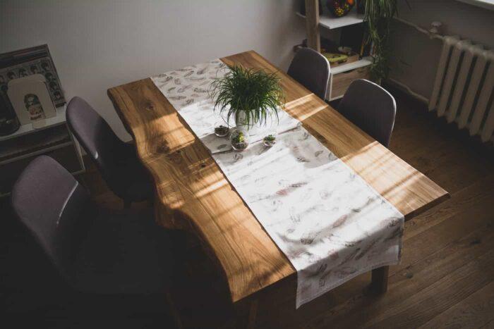 tammest laud pealtvaates